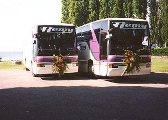ancien-car-bus-mariage-voyages-remy