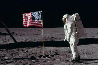 amstrong-premier-homme-sur-la-lune