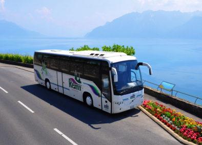 bus-car-volvo-voyages-remy-lavaux